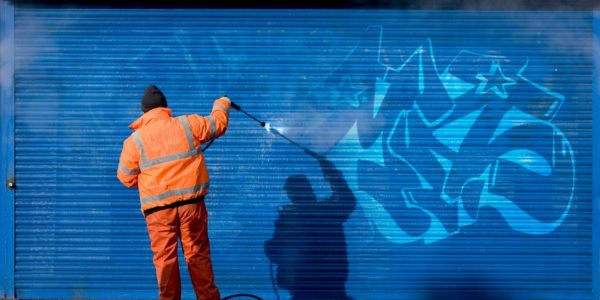 anti-graffiti_removal1920x1080